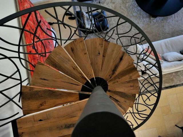 Mezzanine et Escalier Colimaçon à Saint-Tropez