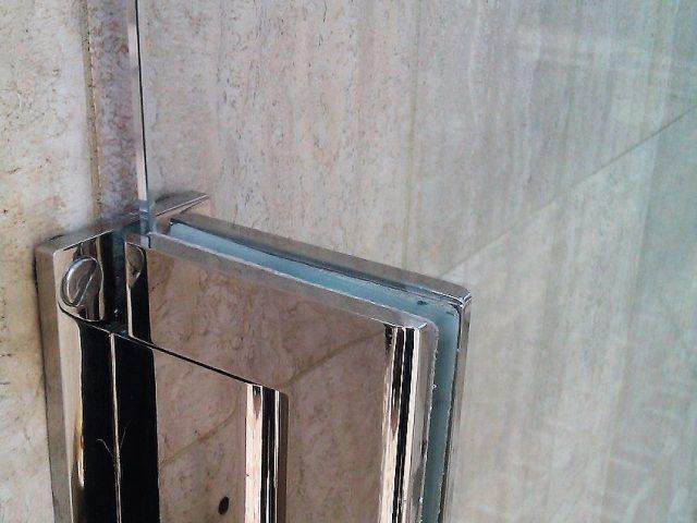 Portillons en Verre et Accessoires Chrome à Monaco