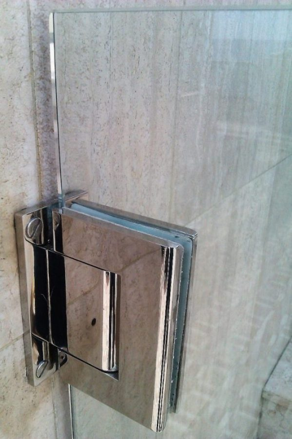 Stainless steel & glass self-closing pool gates in Monaco