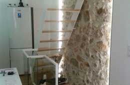 Modern Steel Staircase with Wood Steps in Cannes